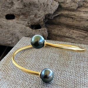 Jewelry - Tahitian Pearl bypass cuff